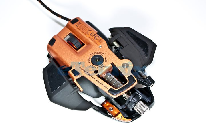 how to clean pc bottoms mouse