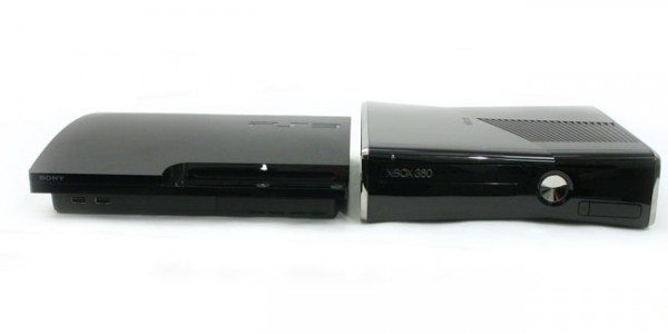 xbox-360-slim-Vs-Ps3-slim-600x300