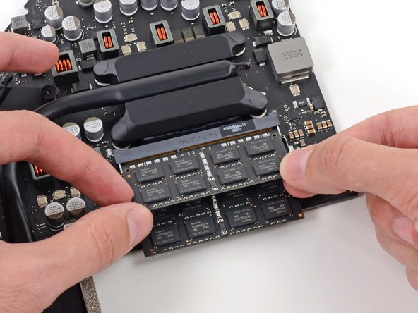 iFixit tears down iMac 21 5″ EMC 2544, gives it 3 out of 10