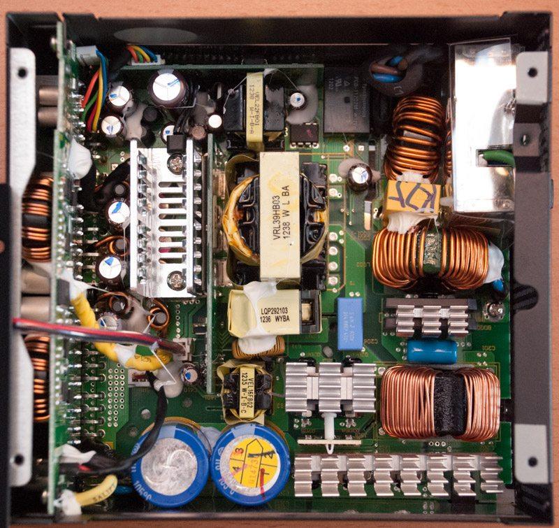 XFX Pro 750W BE Interior (1)