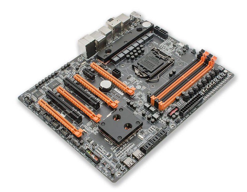 ek_gigabyte_z87xoc_motherboard_waterblock_1