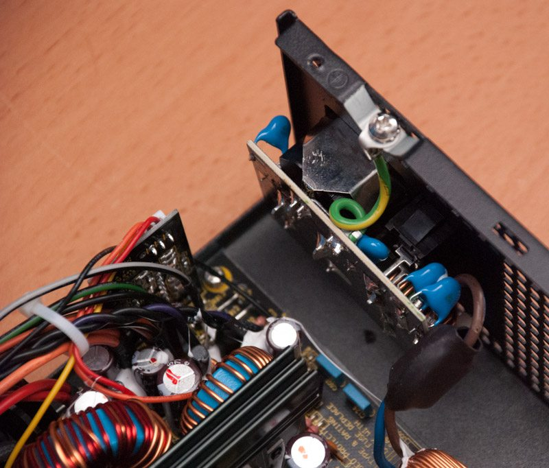 Antec High Current Gamer 620w Semi Modular Power Supply
