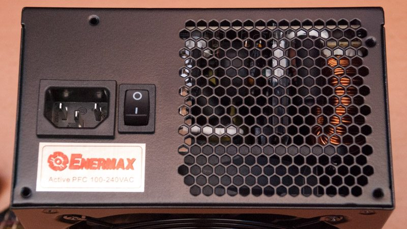 Enermax Triathlor 700W (13)