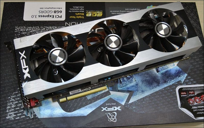 XFX-Radeon-HD-7990-Triple-Dissipation-_1