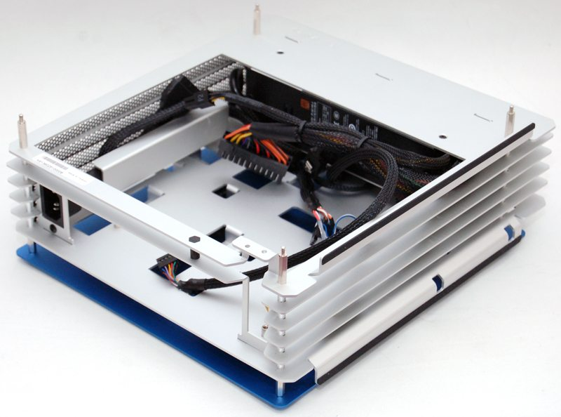 In Win H-Frame Mini mITX Aluminium Chassis Review | eTeknix