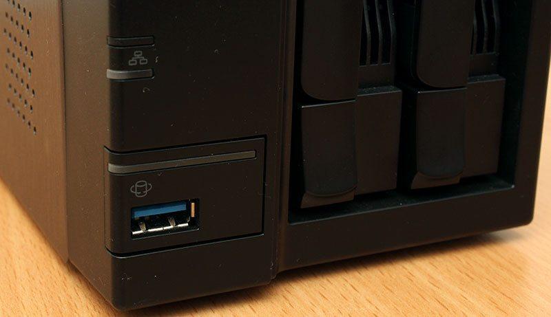 AsustorAS302T_USB