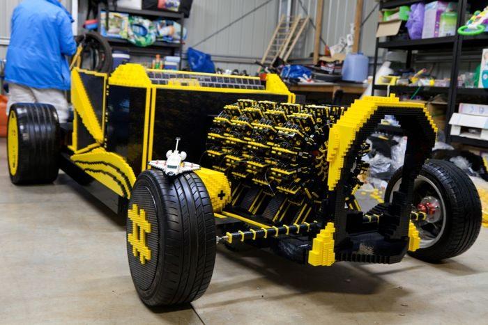 lego-car-1