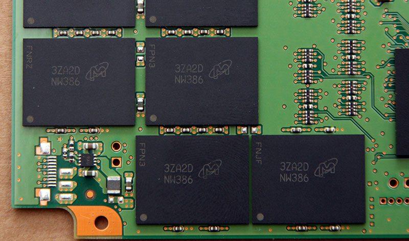 CrucialM550_NAND