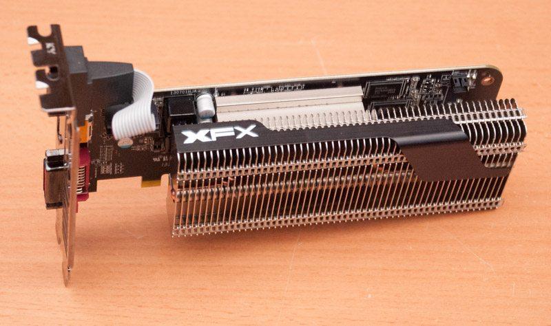 XFX R7 240 Core Edition (6)