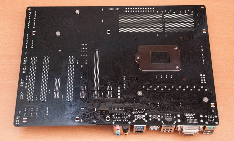 ASRock_Fatal1ty_H97_Performance (13)