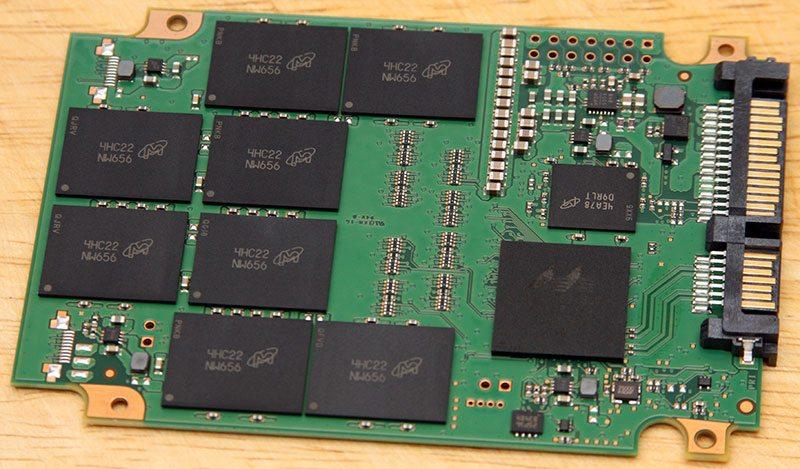 CrucialMX100-512_PCB1
