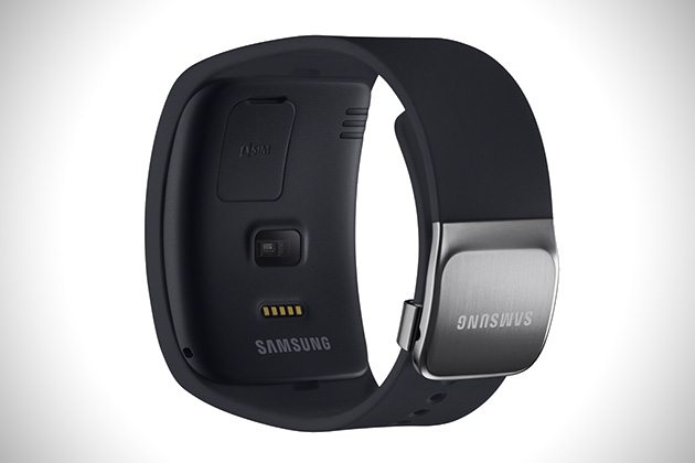Samsung-Curved-Gear-S-Smartwatch-3