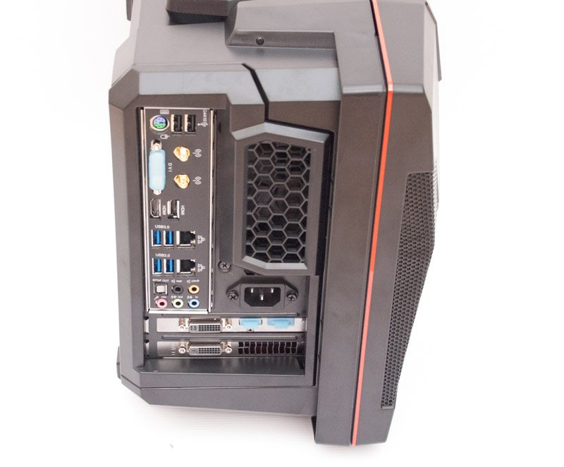 CyberPowerPC Fang Battlebox I 970 (4)