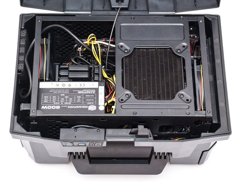 CyberPowerPC Fang Battlebox I 970 (8)