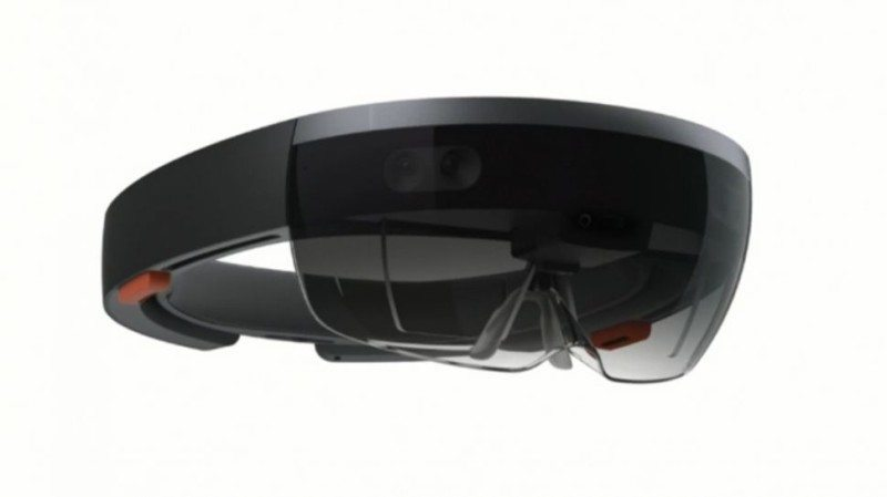 windows10-hololens-unveil-970-80