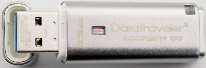 Kingston_DataTraveler_Locker_G3-Photo-leaning_on_cap
