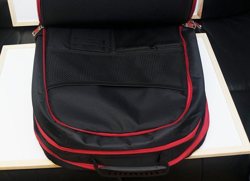 MSI_GT80_Titan_BagOpen1