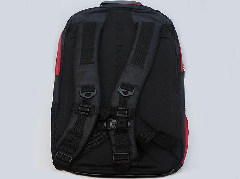 MSI_GT80_Titan_Bag_Back