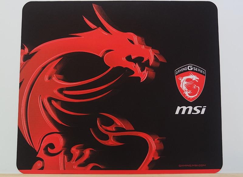 MSI_GT80_Titan_Mousemat