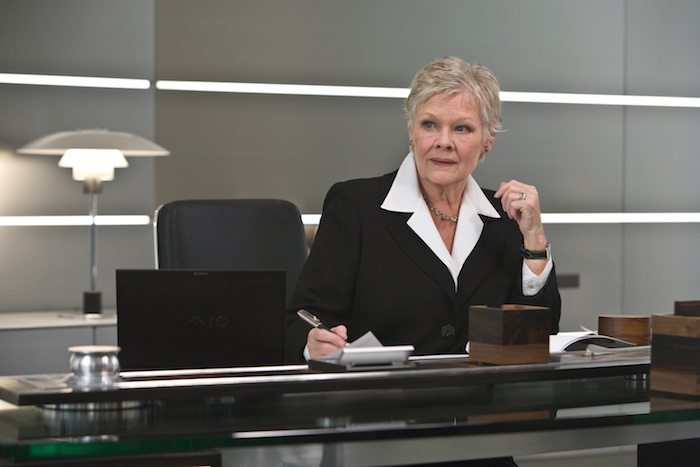 Quantum_of_Solace-_M_in_her_office_(Promotional_Still)