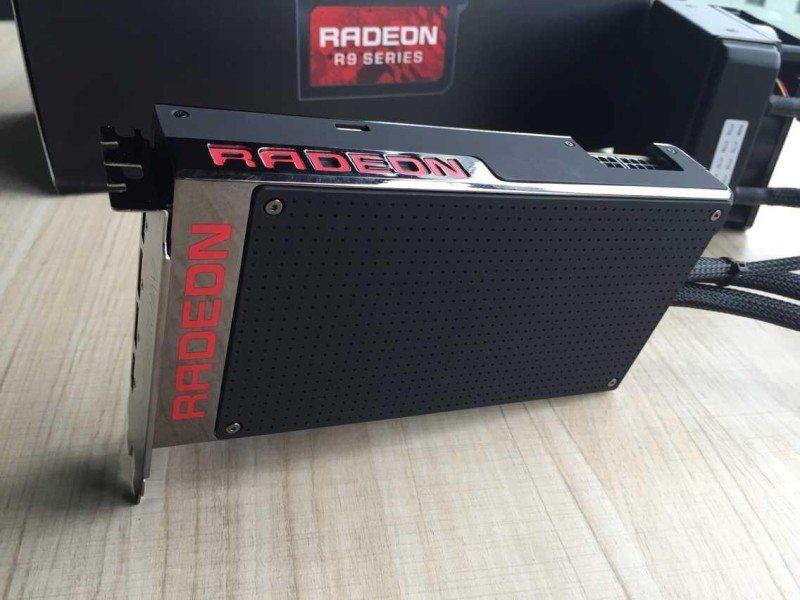 AMD-Radeon-R9-Fury-X-review-sample-8