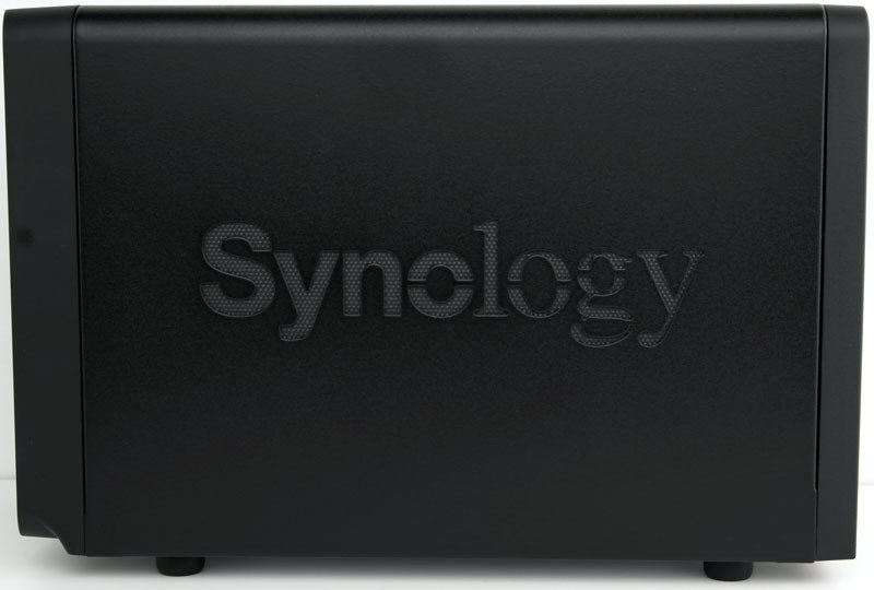 Synology_DS715-Photo-side