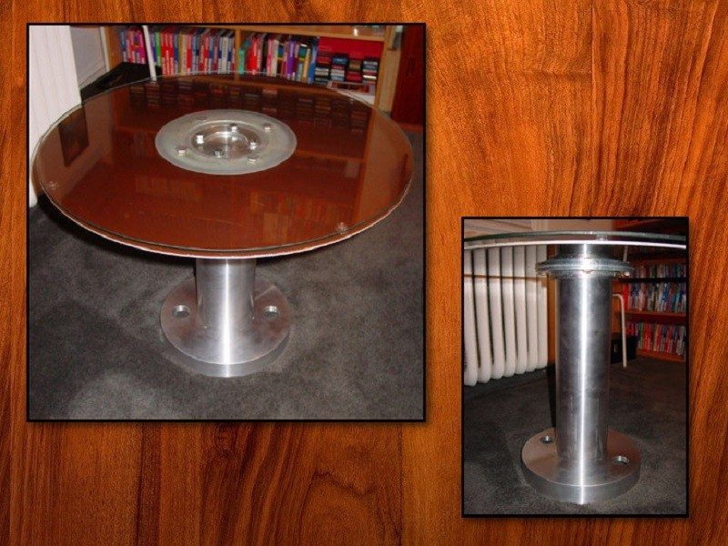 400712-hard-disk-table
