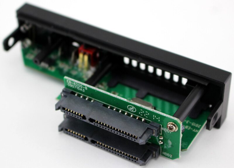 SilverStone_MS08-Photo-pcb connection