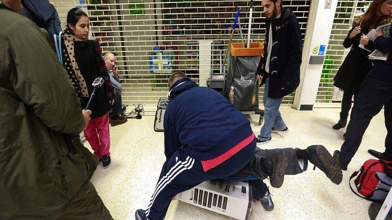 Asda Avoiding Black Friday Sales Chaos Due to 'Shopper Fatigue' 1