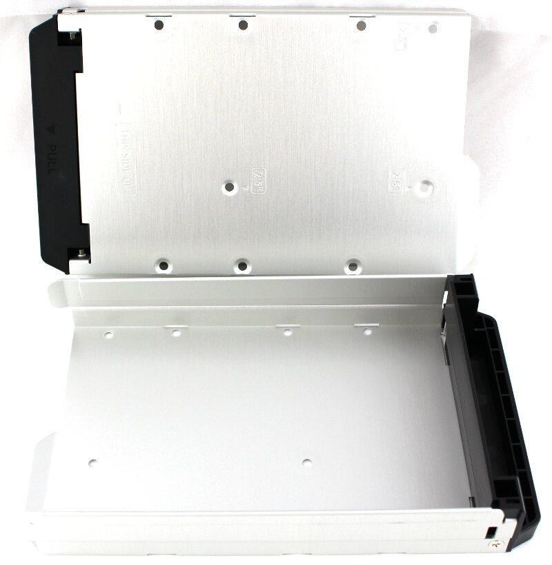 QNAP_HS251p-Photo-drive trays
