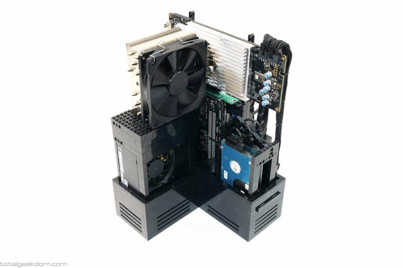 Lego_Gaming_Computer3