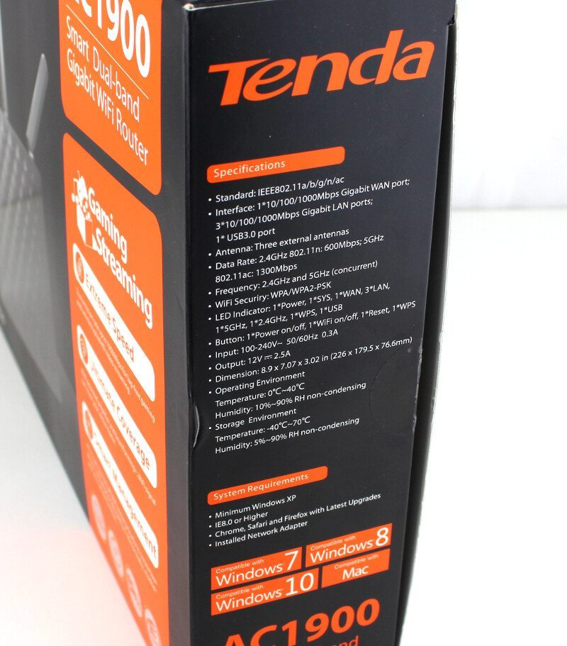 Tenda_AC15-Photo-box side