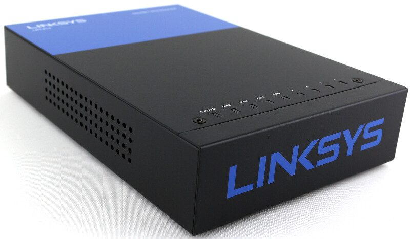 Linksys LRT214 photo-angle-2