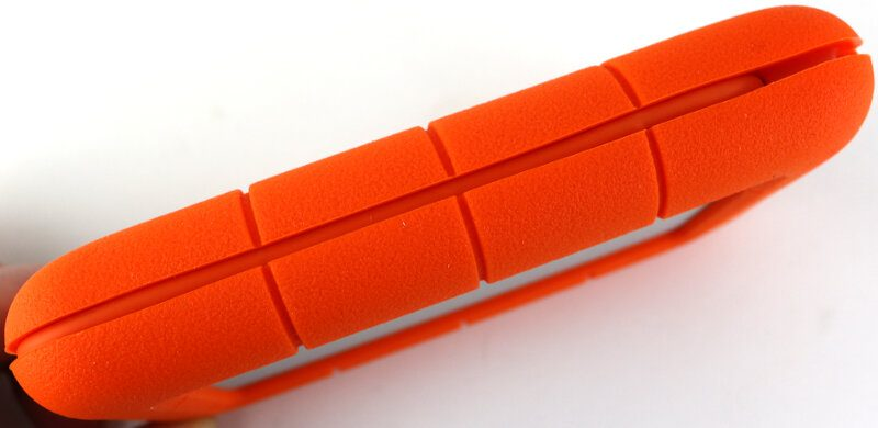 Lacie Rugged 2TB Photo side