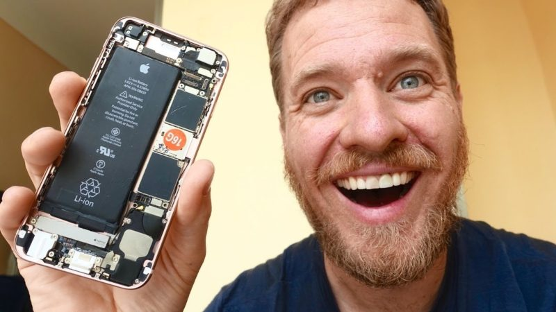 Man Builds a Working iPhone from Parts Bought on Chinese Gray Market (VIDEO)