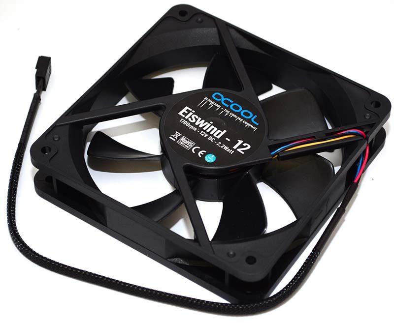 Alphacool Eisbaer 360 AIO Modular CPU Cooler Review | eTeknix