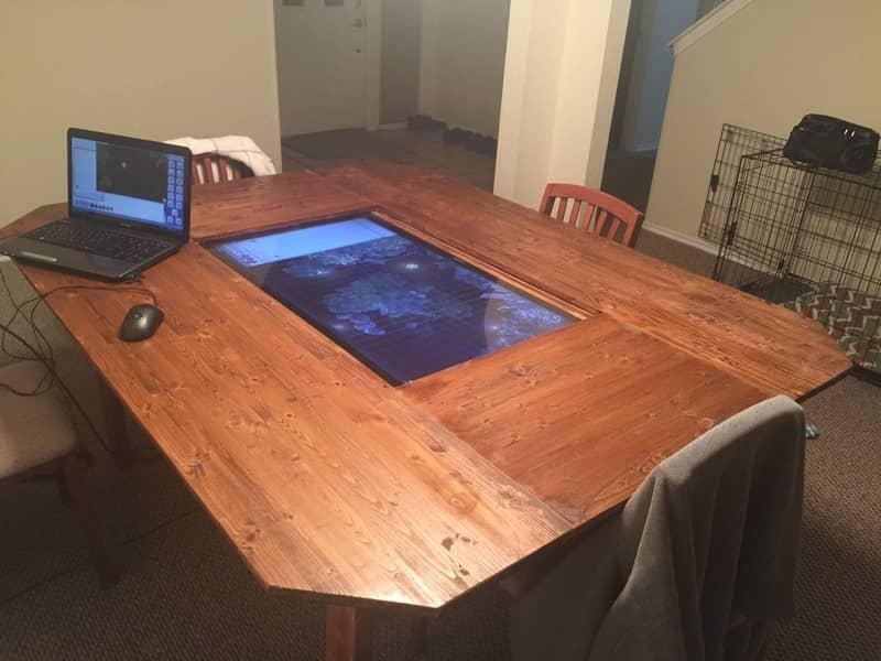 free shipping e2513 57a0d Custom D&D Gaming Table Features 4K Touchscreen | eTeknix