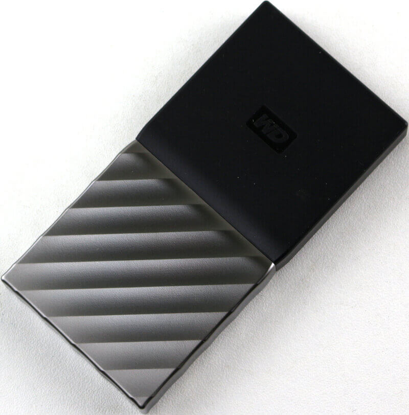 WD My Passport SSD 256GB Photo view top angle two
