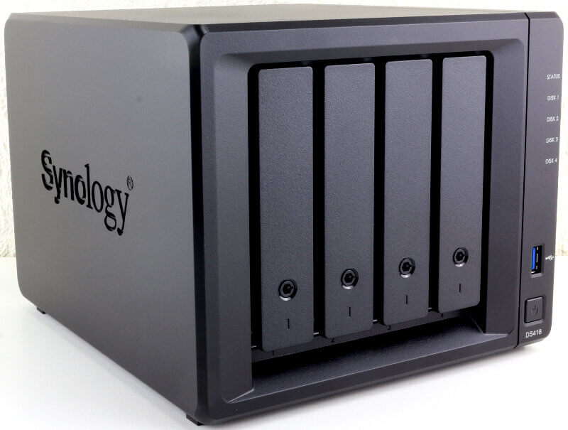 Synology DS418 Photo view front angle 2