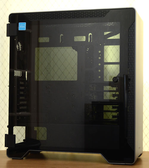 Thermaltake A500 Aluminium and Glass Edition Chassis Review | Page 2