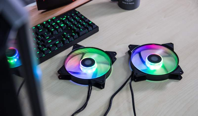 Cooler Master Launches MF120R and MF140R A-RGB Fans | eTeknix