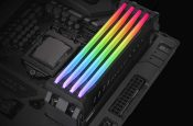 Thermaltake's Pacific R1 Plus Adds RGB Lighting to Your DDR4