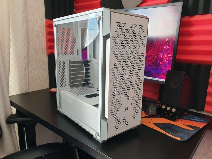 Corsair iCUE 220T RGB Airflow Smart Case Review | Page 2 of 5 | eTeknix