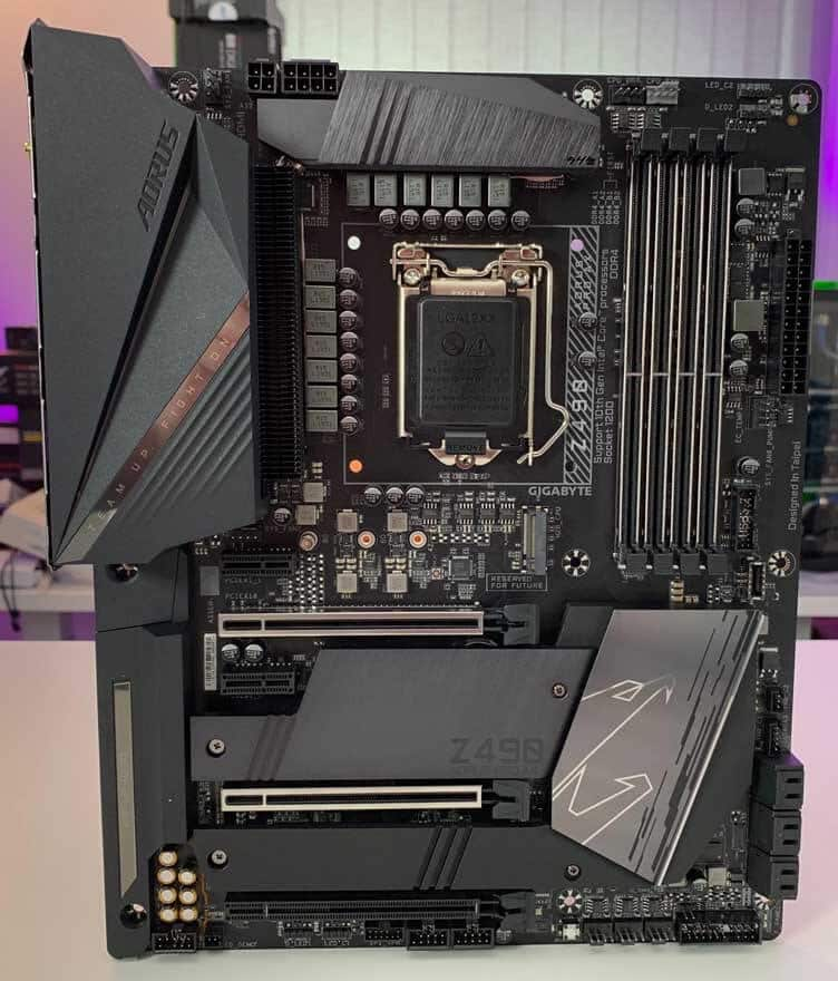 Gigabyte Z490 AORUS PRO AX Motherboard Review 26